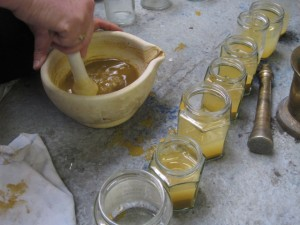 Extracting natural pigments - ochre